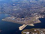 LaGuardia Airport (31059535714).jpg