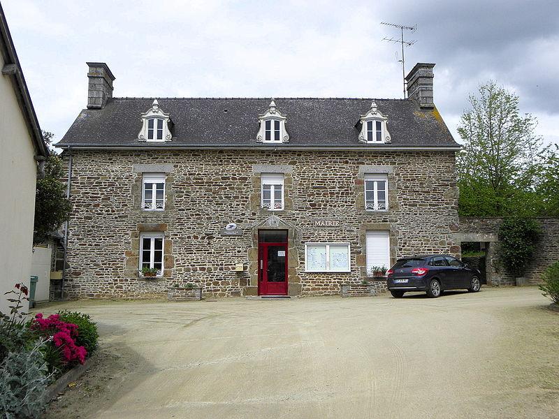 Mairie de La Dorée (53).