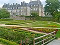 La Préfecture du Morbihan et ses jardins.JPG