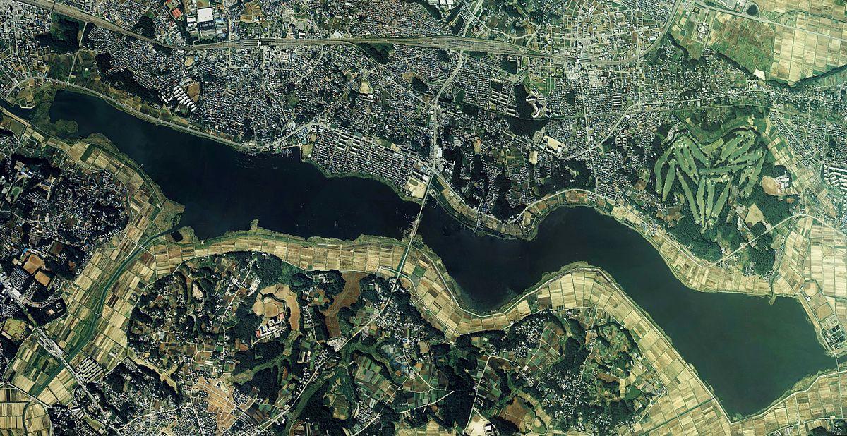 Lake Tega upper part Aerial photograph.1989.jpg
