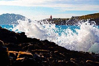 Las olas de Melide retando a la cámara - Costa da Vela.jpg