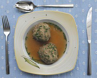Bavarian cuisine - Leberknödelsuppe