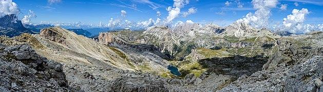 Lech de Crespëina Saslonch Cir Chedul Odles Parc Naturel Puez.jpg