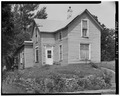 Left side from southeast - 860 Martin Luther King Jr. Parkway (Cottage), Des Moines, Polk County, IA HABS IOWA,77-DESMO,28-3.tif