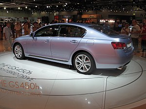 Lexus GS450h at British International Motor Show 2006.jpg