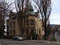 Liberec-Staré Město - vila čp. 764 na rohu Štefánikova náměstí a Mozartovy ulice.jpg