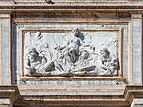 Loggetta Sansovino rilievo al centro Campanile San Marco Venezia.jpg