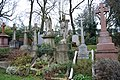 London , Highgate Cemetery - panoramio.jpg