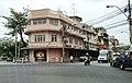 Luang- Mit Phan, Wat Thepeirin, Pom prap Sattru Phai, bangkok - panoramio.jpg