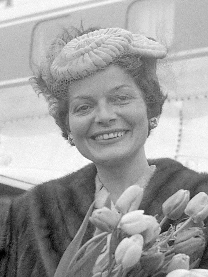 Lys Assia (1957)