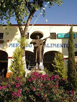 Plaza Garibaldi - Monument to mariachi