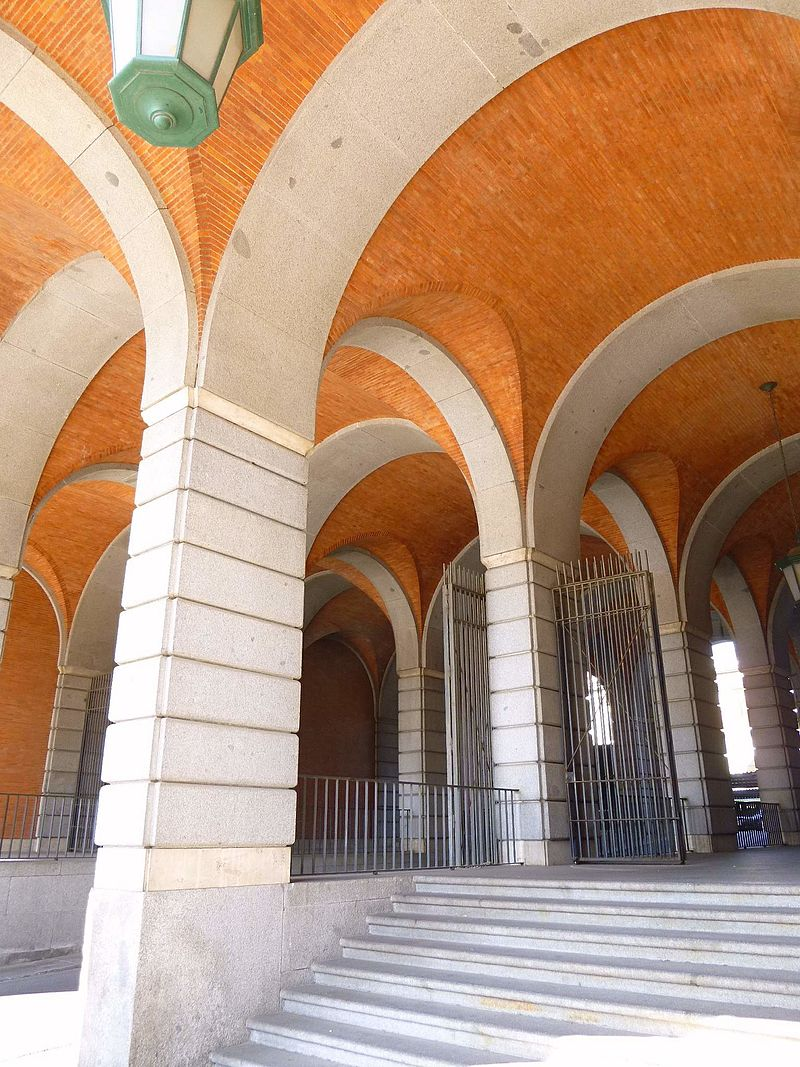 Madrid - Nuevos Ministerios 08.JPG