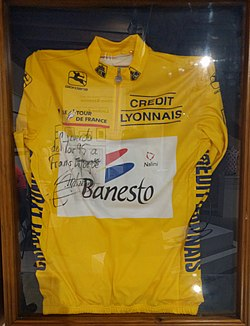 Photo d'un maillot cycliste.