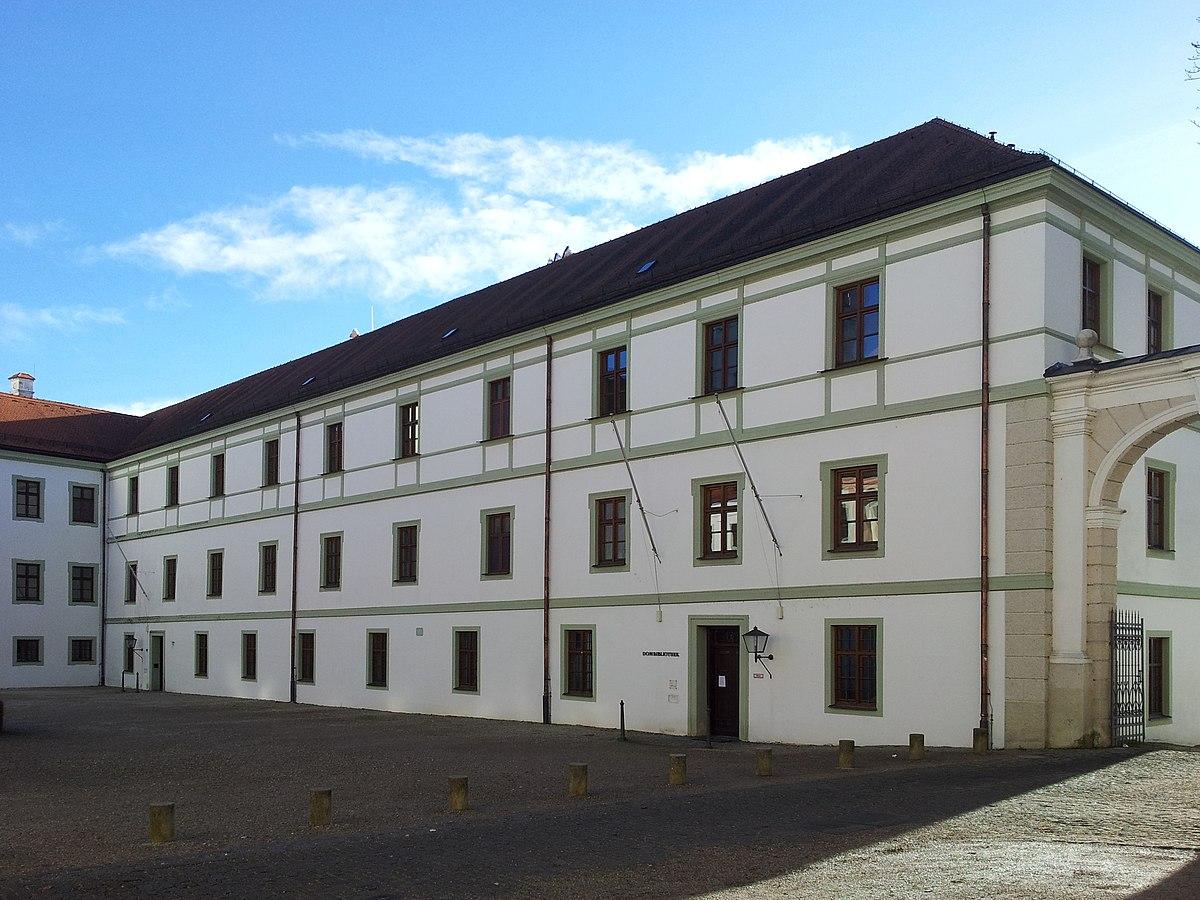 Zur Isar 8 85354 Freising