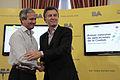 Mauricio Macri encabezó el lanzamiento del primer concurso de aplicaciones para desarrolladores de software (7931449224).jpg