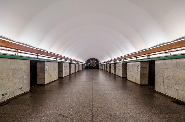 Станция «Елизаровская» открылась после ремонта