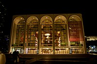 Metropolitan Opera House at Lincoln Center (20455842230).jpg