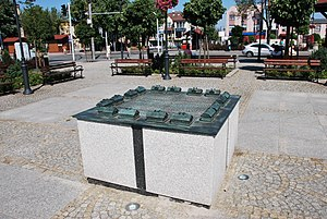 Miniature of former veawers houses colony, Zgierz, Kilińskiego Square.jpg