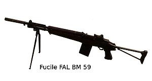 Beretta BM 59 - Image: Mitragliatrice fucile FAL BM 59