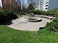 Modřany, fontána u ulice Jordana Jovkova.jpg