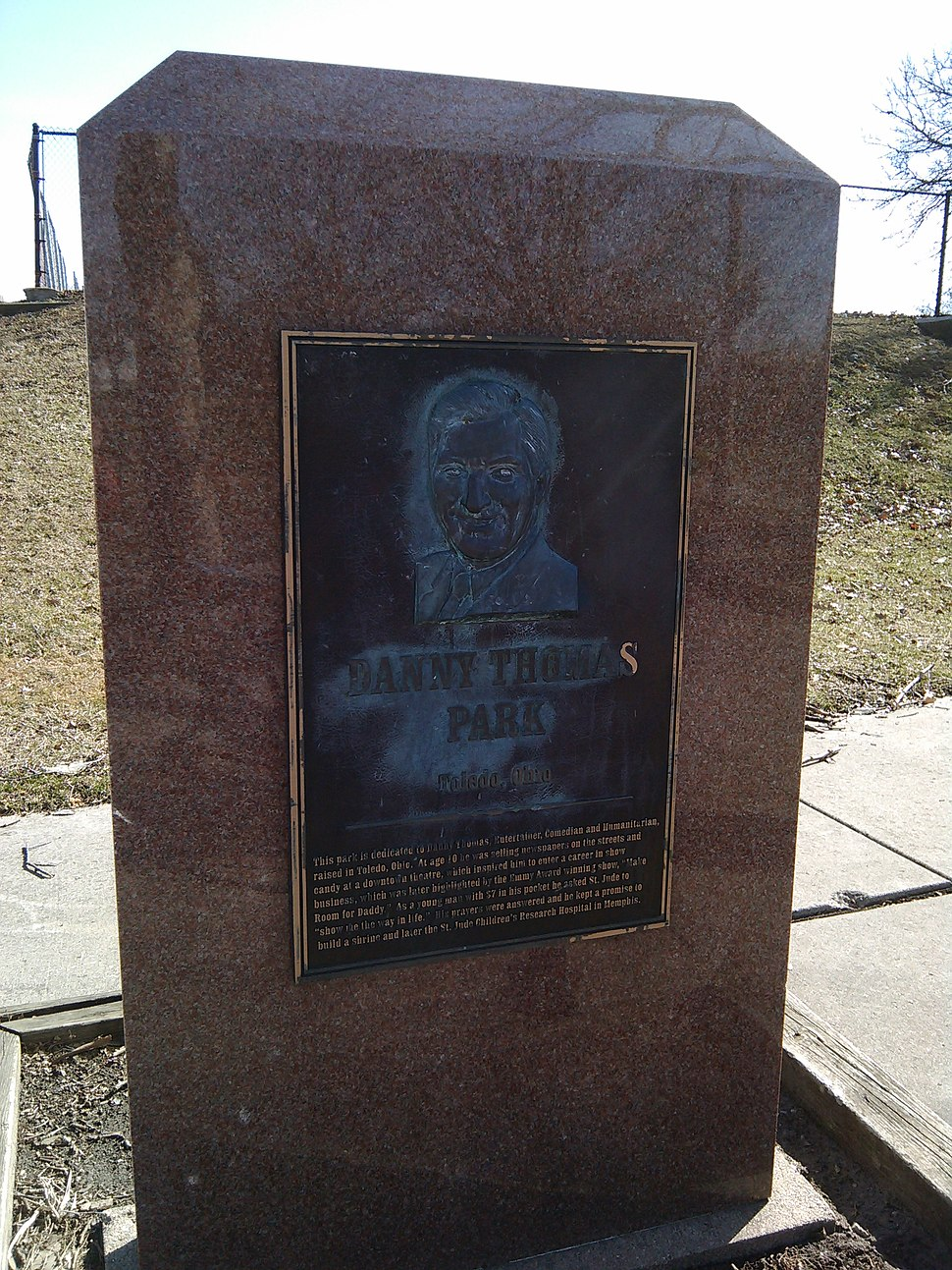 Monument at Danny Thomas Park in Toledo, OH, USA