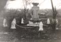 Monumentul eroilor, fotografie din anii 80.png