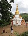 Monywa-Hpo Win Daung-36-Stupa-gje.jpg