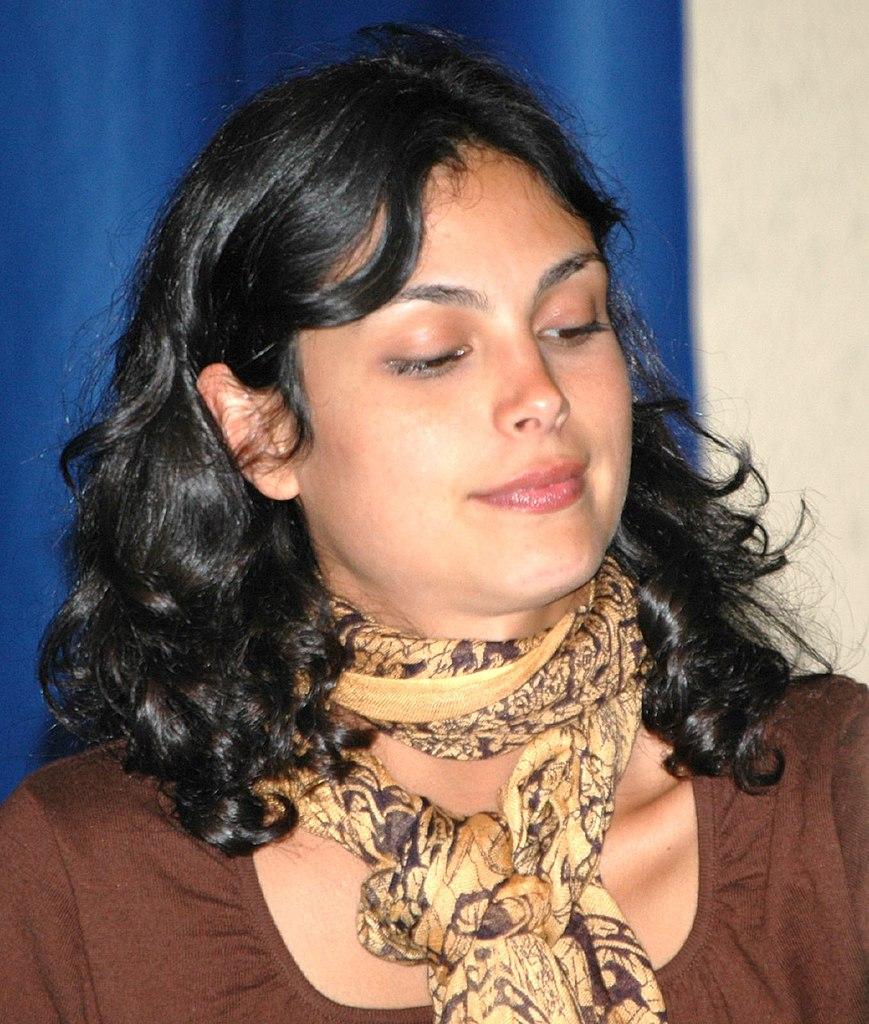 file:morena baccarin, comiccon - march 17, 2007 - wikimedia