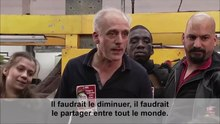 Fichier:Mr Capital contre Philippe Poutou - L'interdiction des licenciements.webm