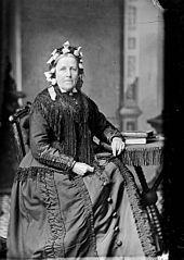 Mrs Thomas, Llwyn Onn