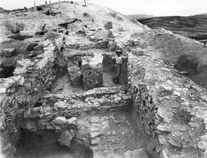 Murar i L 8. Idalion. utgrävning - SMVK - C00865.tif