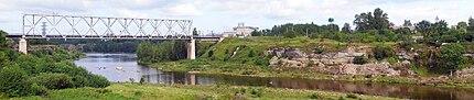 Narva railway bridge wide.jpg