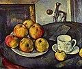 Nature morte avec des pommes et une coupe, par Paul Cézanne.jpg