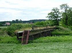 Neiße-Brücke zwischen Groß Gastrose Albertinenaue und Markovice.JPG
