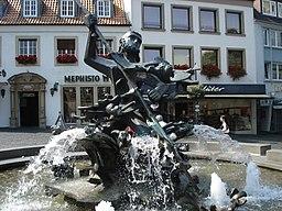 Neptun Brunnen Dom