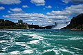 Niagara Falls Rainbow Bridge.- en 2017.jpg