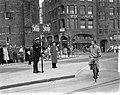 Nieuwe verkeersregeling op het Muntplein, Bestanddeelnr 903-0492.jpg