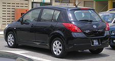 Nissan Latio (hatchback) (first generation) (rear), Serdang.jpg