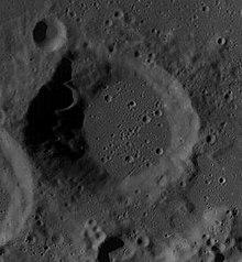 斯科比陨石坑