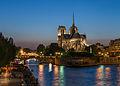 Notre-Dame de Paris and Île de la Cité at dusk 140516 alt.jpg