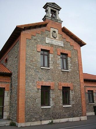 Prendes - Old school in Priendes