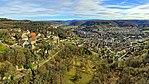 Ornans, le hameau du château au-dessus de la ville.jpg