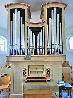 Ottobrunn, Kath. St. Otto (Kerssenbrock-Orgel, Prospekt) (3).jpg