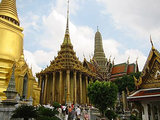 Rattanakosin Kingdom (1782–1932) - The Temple of the Emerald Buddha, one of the king's many construction projects.