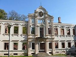 Pałac Hatzfeldów, ruina po rewitalizacji Żmigród 170