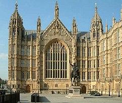 Palacio de Westminster - Westminster Hall desde el sur, Westminster, Londres, Inglaterra, ejemplo de la arquitectura neogótica de Charles Barry y Augustus Pugin