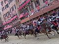Palio - Carica dei carabinieri.JPG