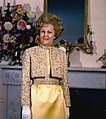 Pat Nixon poses 1970.jpg