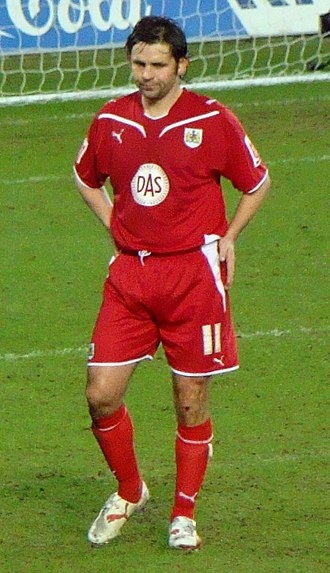Paul Hartley - Hartley playing for Bristol City