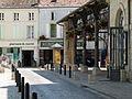 Place des Halles à Surgères3.JPG